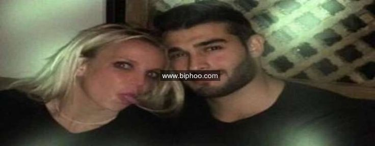 "Is Britney Spears Dating Her ""Slumber Party"" Music Video Co-Star? Here's the Photo That Raised Some Eyebrows http://www.biphoo.com/bipnews/celebrities/britney-spears-dating-slumber-party-music-video-co-star-heres-photo-raised-eyebrows.html"