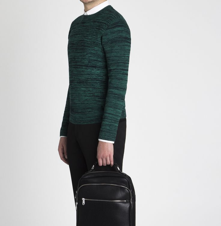 The Look | Evening collection SS`17  Трикотажный свитер - 2 299 ₽  Рубашка - 1 899 ₽ Брюки зауженные - 3 599 ₽  Рюкзак черный на молнии - 3 199 ₽   #mfilive #look #ss17