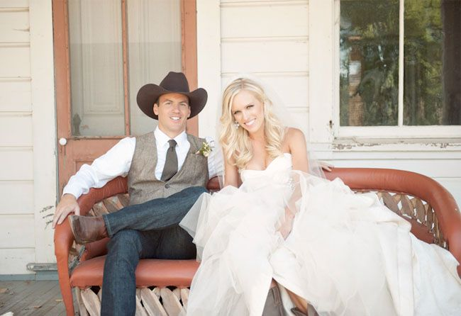 Country Western Wedding: Jamie + Scott  There is not a single thing about this wedding that I do not love!!!!!! ....someday :)