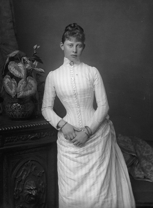 "Photo by Unknown Artist in 1887 of Princess Margaret ""Mossy"" (Margarete Beatrice Feodora) (22 Apr 1872–22 Jan 1954 age 81) Germany marr 25 Jan 1893 Prince Frederick (Frederick Charles Louis Constantine) (Friedrich Karl Ludwig Konstantin) (1 May 1868–28 May 1940 age 72) Hesse. 8th Child of King Frederick III ""Fritz"" (1831-1888 age 56) Germany & wife 1858 Princess Victoria-Vicky Adelaide (1840-1901 age 60) UK."
