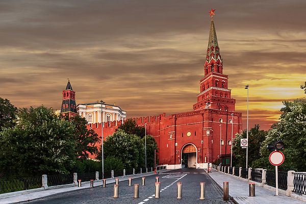 George Westermak Photograph - View Of The Borovitskaya Tower Of The Moscow Kremlin by George Westermak#GeorgeWestermakFineArtPhotography #ArtForHome #FineArtPrints #travel #Russia