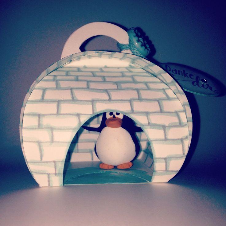 home sweet home #keepsakebox #curvykeepsakebox #keepsake #iglu #igloo #penguin #pinguin #diy