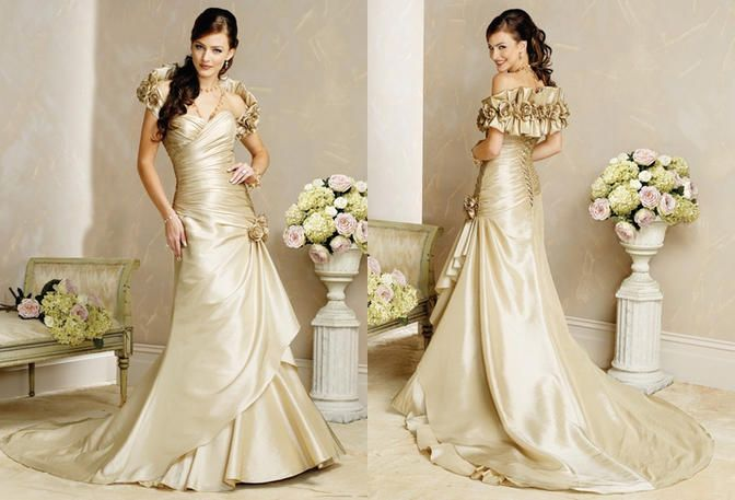 42 best Clearance Bridal Gowns images on Pinterest | Wedding frocks ...