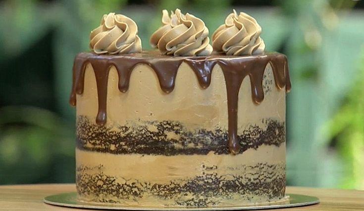 Receita de drip cake de doce de leite do programa Bake Off Brasil. Você vai amar o Drip Cake recheado e quando fizer. Drip Cake de Doce de Leite.
