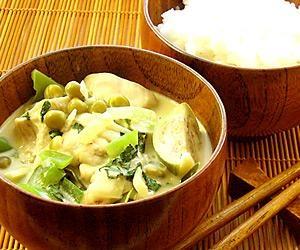 Vihreä curry on lempeän tulinen.