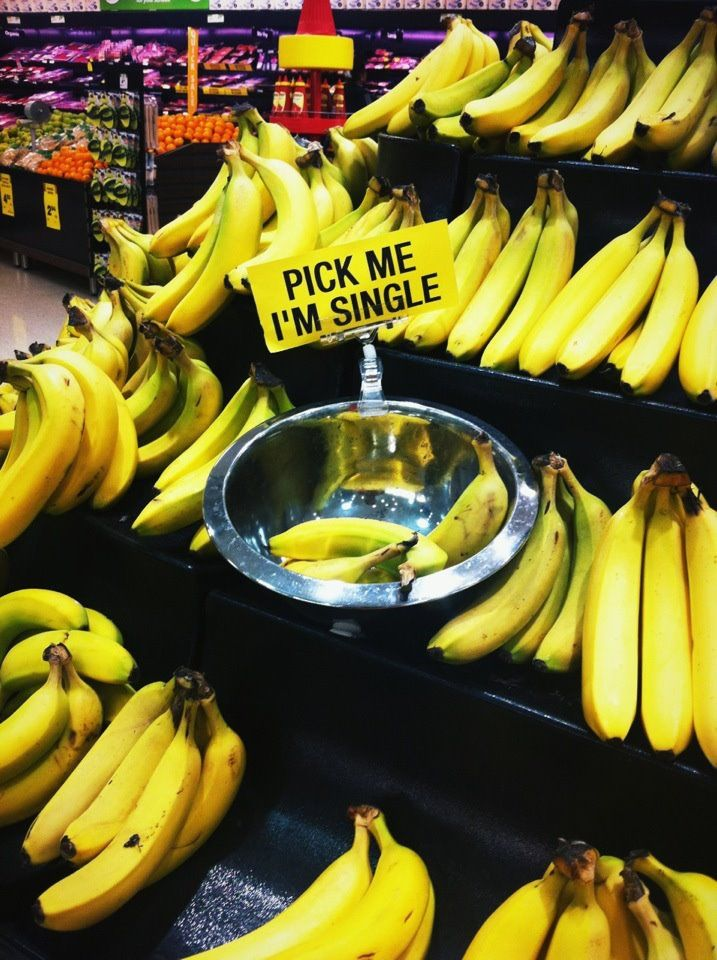 Pick Me I'm Single-- cute banana display for a grocery store. Or for leftover pop-up merchandise!