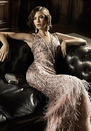 One of the sexiest 20's-style dresses I've seen. Love the tailoring/lines!