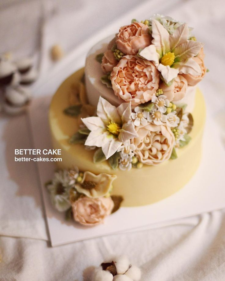 . Done by my student from Japan  Beanpaste & Rice cake U can learn Better's real flowers style :) . (베러 전문가반/Professional class) www.better-cakes.com  Any inquiries about BETTER CLASS, Plz contact me through LINE or Email as Mailbettercakes@naver.com Linebetter_cake FacebookBetter Cake Kakaotalkleesumin222  #buttercream#cake#베이킹#baking#bettercake#like#버터크림케익#베러케이크#cupcake#flower#꽃#sweet#플라워케익#koreabuttercream#wilton#앙금플라워#ricecake#buttercreamcake#dessert#버터크림플라워케익#follow...