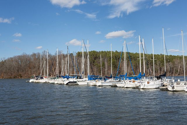 There are plenty of public access points and marinas dotting the shores of Lake Wheeler.