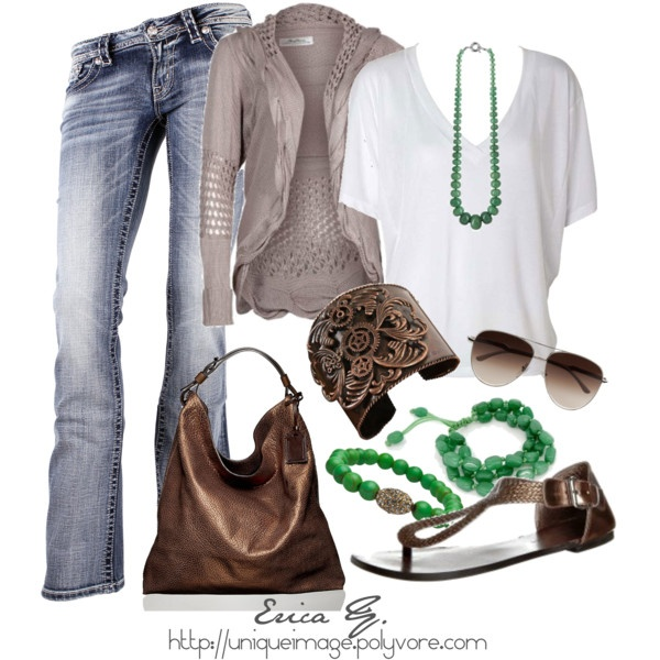 love these colors together: Jeans Outfits, Color, Green Accent, Green Accessories, Fashionista Trends, Sandals, Casual Outfits, Closet, Green Jewelry
