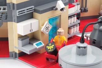 - The inoffiziell Breaking Bad Meth Lab as a LEGO Playset