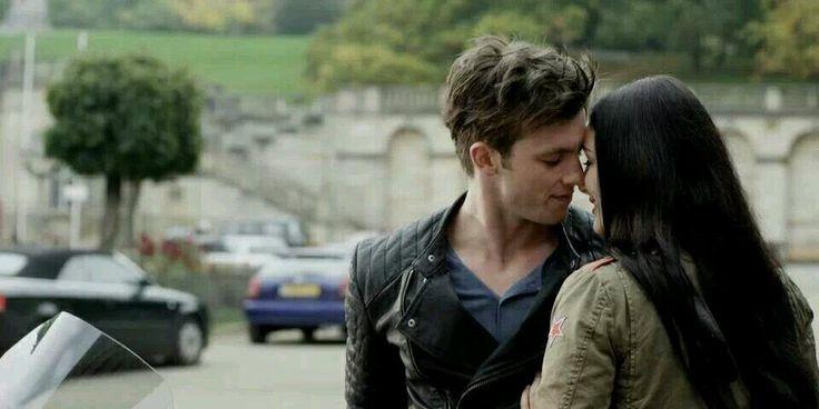 New still from Saphirblau movie! (14/08/14) Gideon de Villiers & Gwendolyn Shepherd   Credits: https://www.facebook.com/rubinrot.saphirblau.smaragdgruen