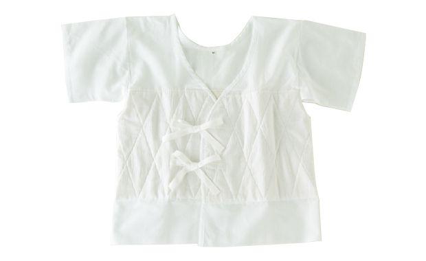 着物の季刊誌「七緒」のウェブショップです。選りすぐりの逸品がずらり勢揃い。着物の日々を快適にする、頼もしい品々をどうぞ。