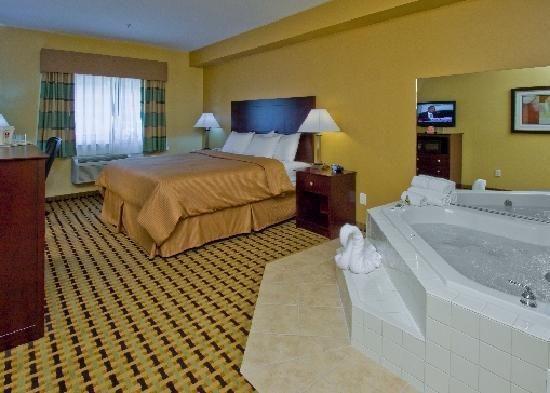 Hotels With Jacuzzi In Room In Roanoke Virginia