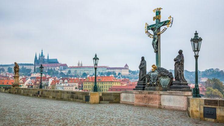 Kde hledat energii na Karlově mostě v Praze?