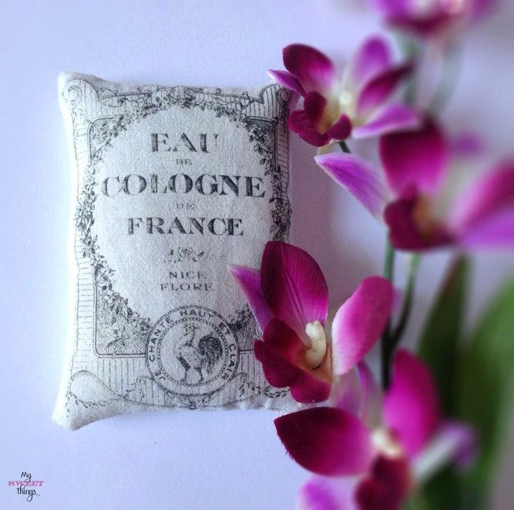 This morning's reader feature is this lovely Lavender Sachet, submitted by our friend Pili Gomez.   All she needed to complete this project was some scrap fabric, a beautiful graphic, sewing machine, and some lavender.  For this project Pili first chose my Lovely French Cologne Label, and decided on the fabric that she wanted.  Then she...Read More »
