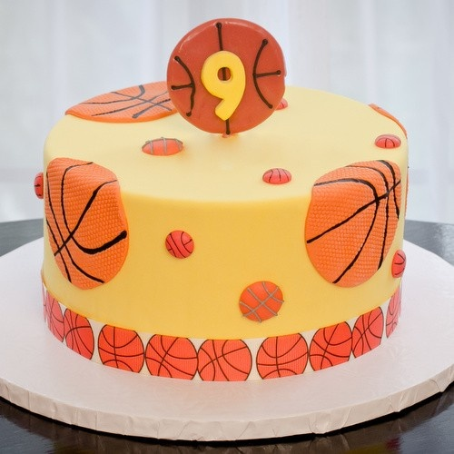 Cake Decorating Theme Kits : 47 best images about Basketball Party on Pinterest Basketball nets, Chocolate chip cookie cake ...