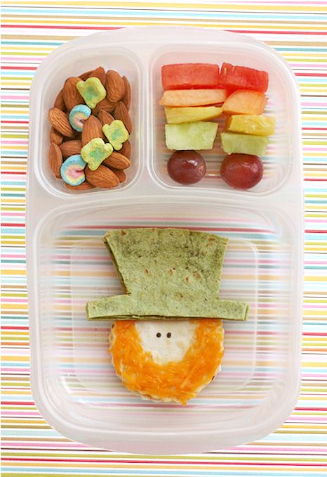 st. patty's lunchKid Lunches, Kids Lunches, For Kids, Food, Fruit Kabobs, Lunches Boxes, Lunches Ideas, St Patricks Day, St Patti