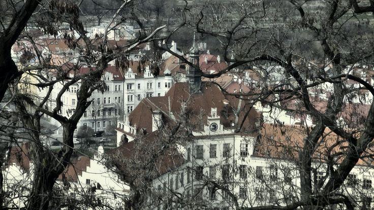 https://flic.kr/p/FNiSEa | ZŠ a MŠ Praha 8, Lyčkovo náměstí, Karlín | Pohled z vrchu Vítkov