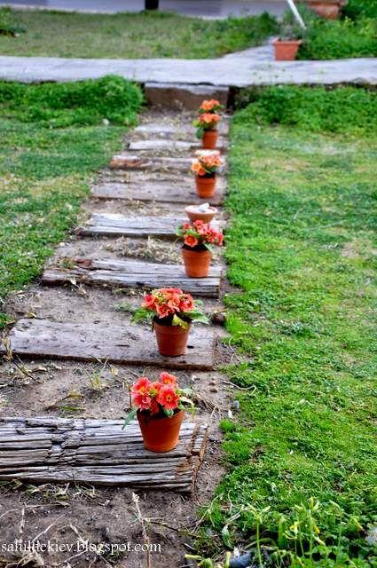 Sahildeki Ev: DIY Bahçe Yolu....