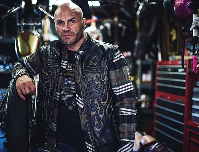 Come meet Randy Couture at the @ArnoldSports Festival in Columbus #Ohio :: March 4th 11:30-12:30 & 5th 4:30-5:30 :: #ASF2016 #ArnoldClassic #Arnold #ArnoldSports #fitness #expo #fit #Affliction #LiveFast