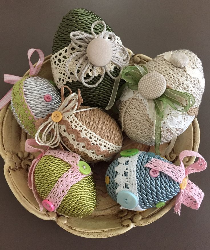 Uova di Pasqua Cordoncino/Canapa e Filo all'uncinetto/pizzi/nastri/bottoni