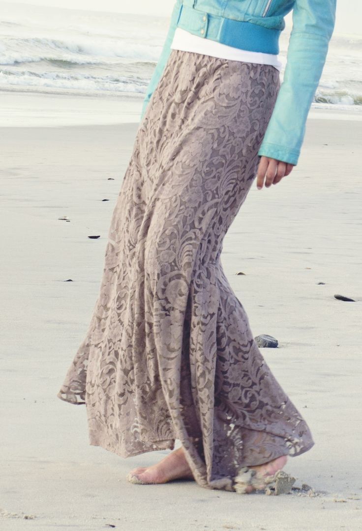 Long lace skirt, taupe