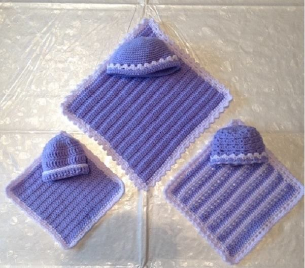 The first 3 sets of blanket and hat made for a Dutch foundation Stichting STILL https://www.facebook.com/HakenvoorStichtingStill/?fref=nf
