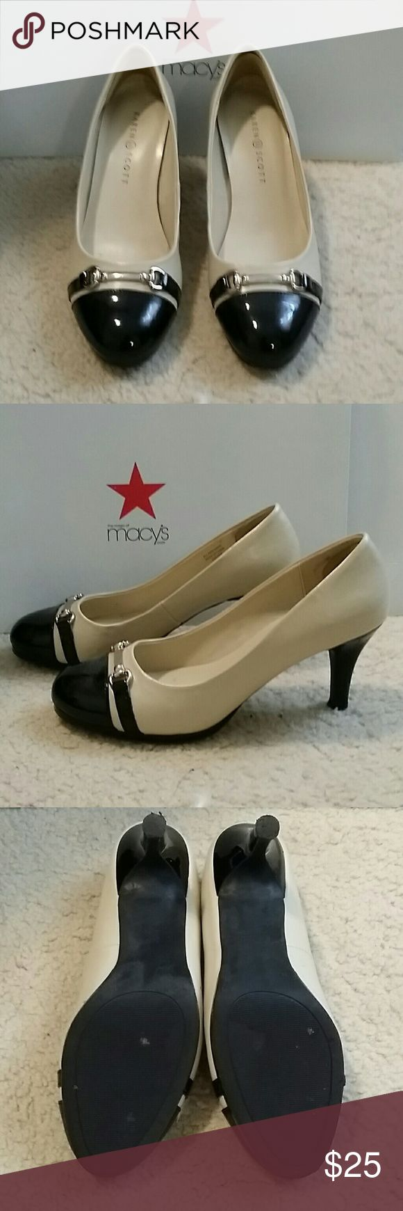 Karen scott cream and black pumps Classy heels for the office in very good condition! Cream and black with a silver buckle accent. Karen Scott Shoes Heels
