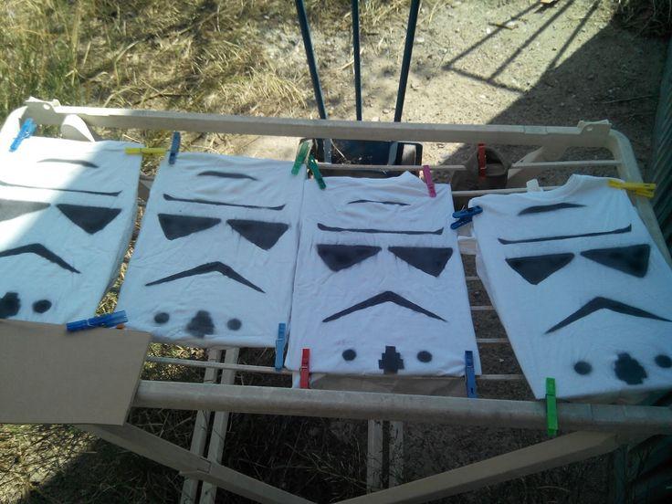 Rebuscando en el baúl: Camisetas caseras de Storm Trooper