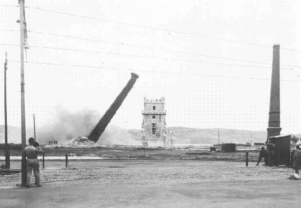 Demolições da Fábrica do Gás na Torre de Belém, sem data