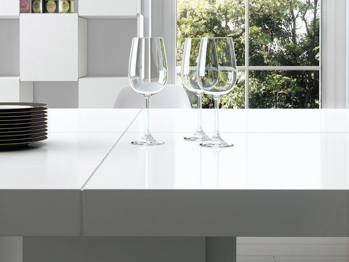 Dusk Esstisch 150x150 Weiss Hochglanz Design Temahome Die Basics