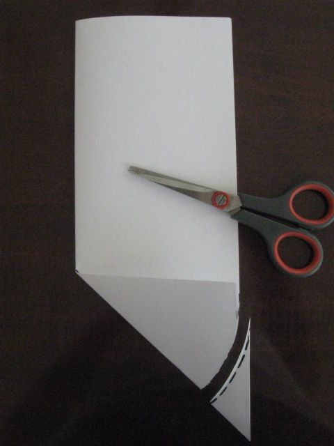 How to cut tulle for a veil