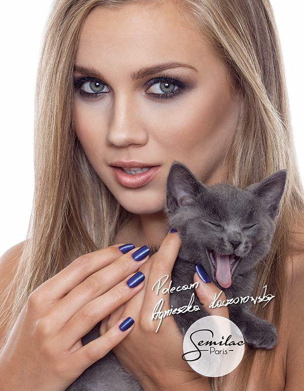 Semilac w najnowszym Cosmopolitan! Semilac in newest Cosmopolitan Modelka: Agnieszka Kaczorowska Photo: Sebastian Zielinski Make Up: Natalia Charłan and cat - Grey ♥ ♥ ♥