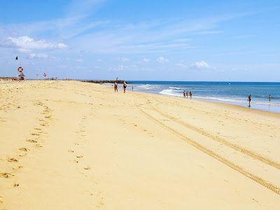 #Beach Praia da Ilha de Tavira, Algarve, Portugal | via http://blog.turismodoalgarve.pt