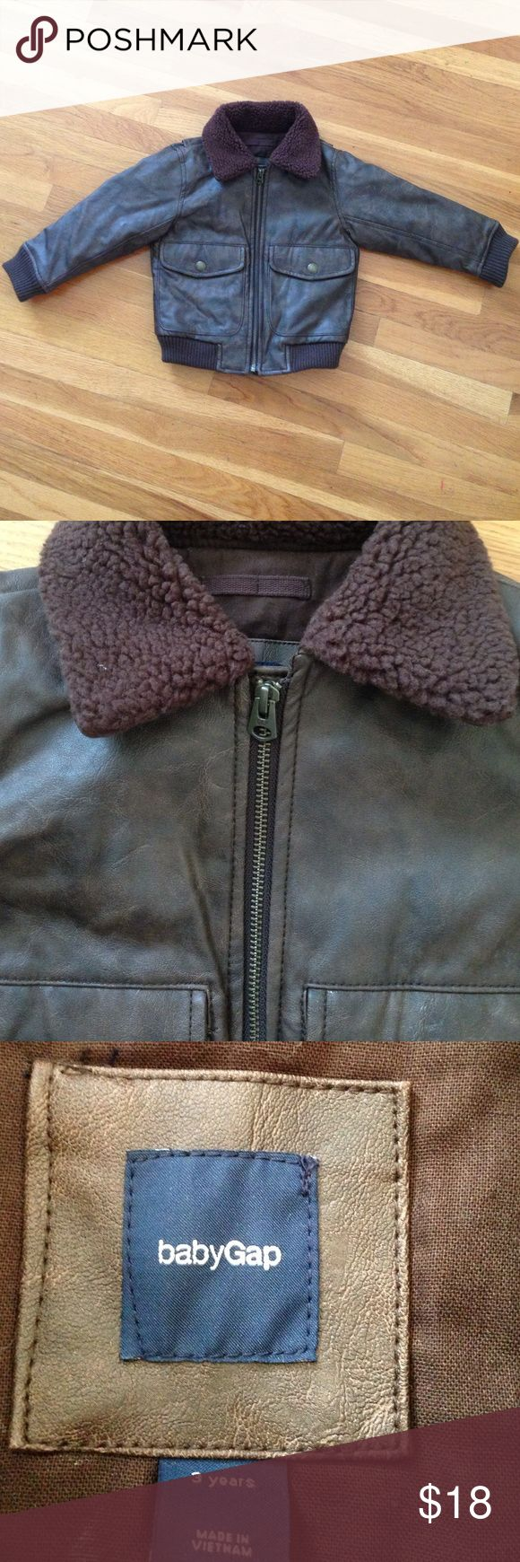 Brown Toddler's Bomber Jacket Baby Gap, size 3T. Zipper, two nap pockets, pre-loved, minor wear. RN54023. GAP Jackets & Coats