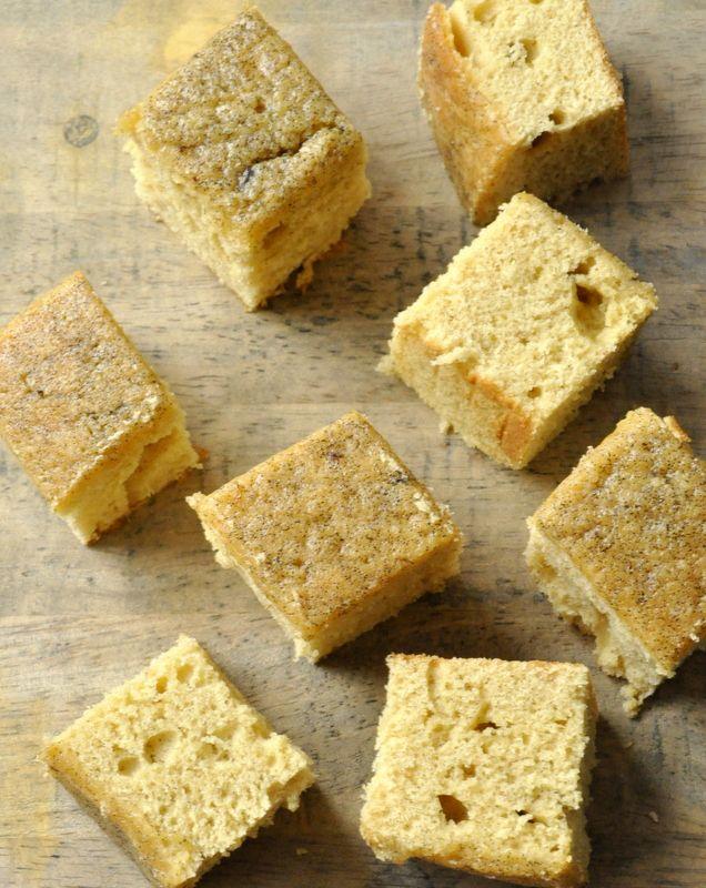 Base de cake aux jaunes d'oeufs (rhum, vanille...) (7 jaunes)