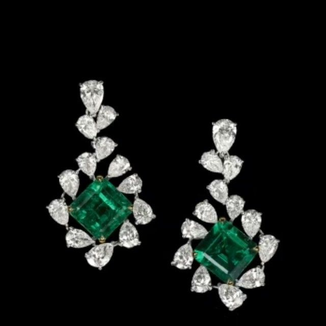 Dehres 'Eternal Green' earrings consists of two pieces totaling 10+ carats Columbian Emerald and 10+ carats pear shape diamonds