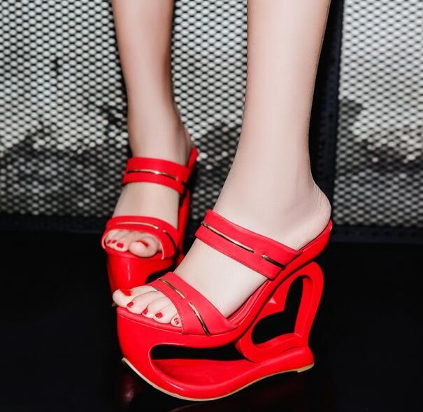 MANMITU4 Free доставка 17 странное сердце пятки летние каблуки женщин красные сандалии дамы слайды мода обувь платформы с открытым носком 15 см купить на AliExpress