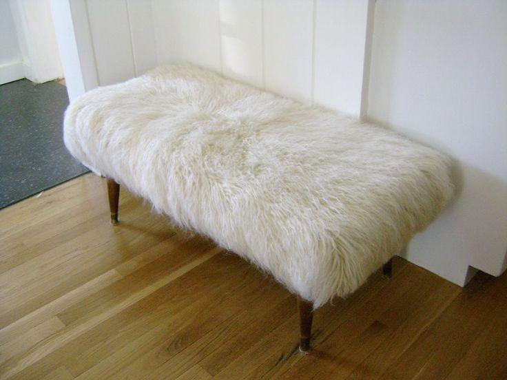 DIY Sheepskin Bench   - (Ikea Flokati rug + thrift store bench w/ removable screw on legs + staple gun + scissors)    http://www.the-brick-house.com/2009/03/bench-remix/