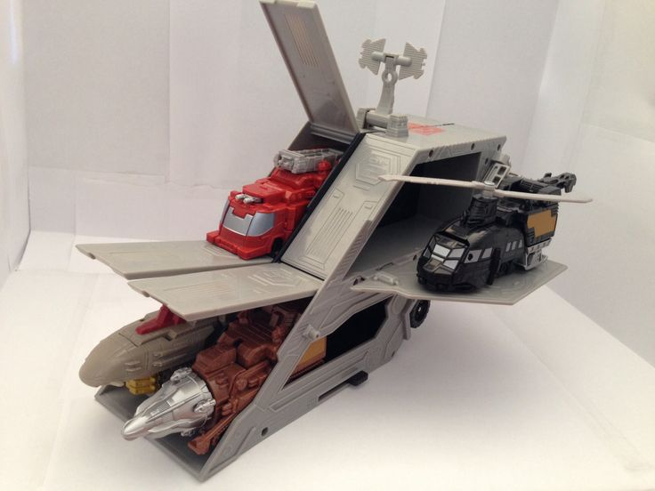 Optimus Prime Vehicles Mobile Armored Station