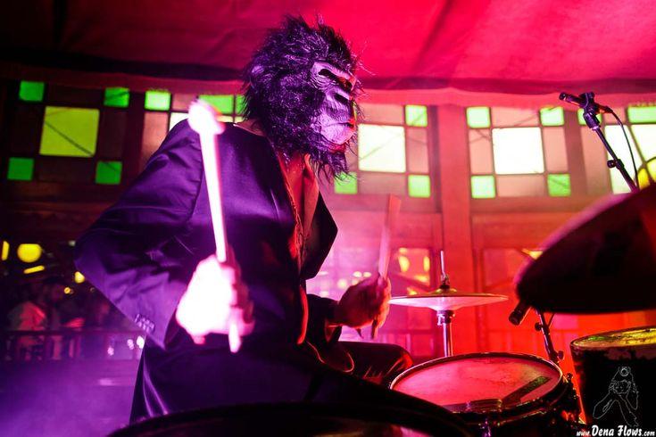 PELO MONO | Azkena Rock Festival 2017, Medizabala, Vitoria-Gasteiz, 24/VI/2017 | Antonio Pelomono -batería- de Pelo Mono | GALERÍA completa || Full GALLERY: http://denaflows.com/galerias-de-fotos-de-conciertos/p/pelo-mono/