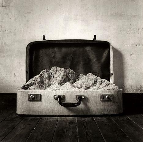 Landscape of life in a suitcase of travel. Chema Madoz - C -