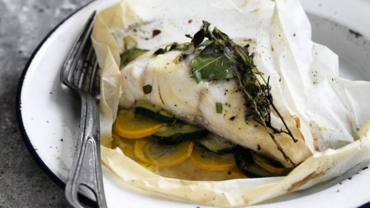 Blue-eye with zucchini and herbs baked in paper