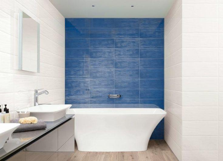 Blaue Stunde Fur Wand Und Boden Wo Es Gutes Bad Fliesen Gibt Bad Blau Blaue Wande Bad
