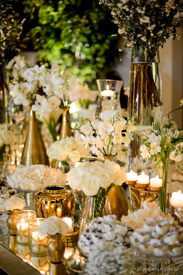 Decoração de casamento em branco e dourado. Decor: Renata Salvadego | Foto: Rejane Wolff