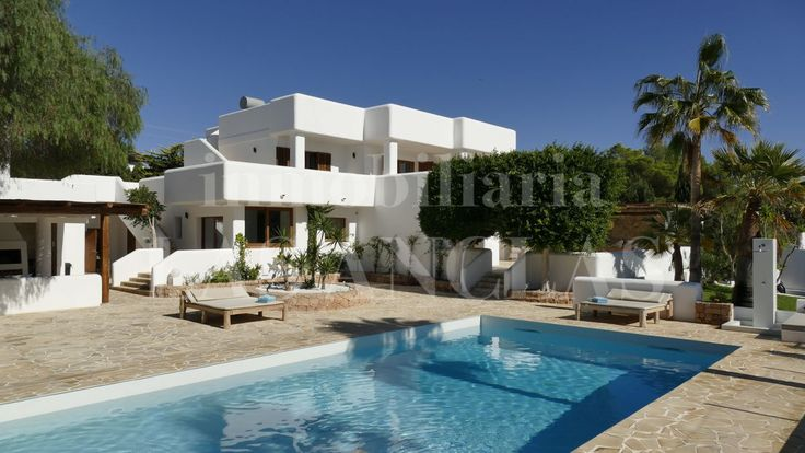 IBIZA – SAN JOSÉ: Ref. 998 Spacious 6 bedroom luxury villa with views and touristic rental license #dreamproperty #ibizarealestate #luxeryhome