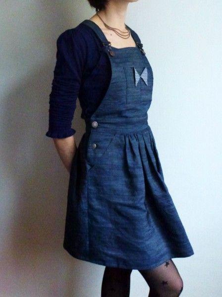 une idée de salopette jupe en jean