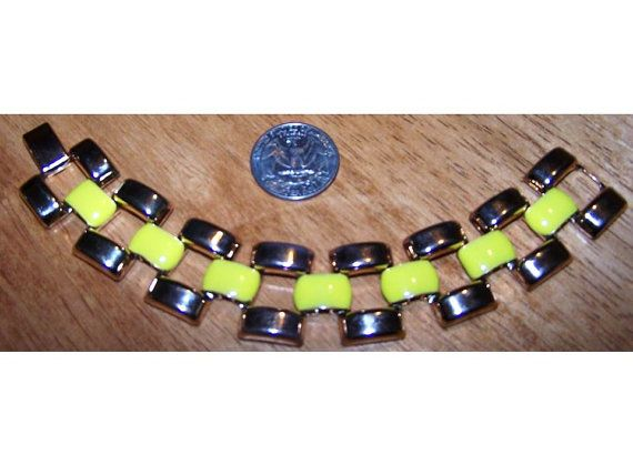 Gele armband Vintage armband, heldere gele armband, gouden Schakelarmband, geëmailleerde armband, Vintage sieraden, Vintage kostuum juwelen