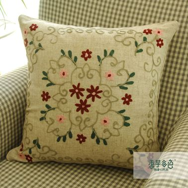 Vintage Style Small Flowers Embroidery Pillow